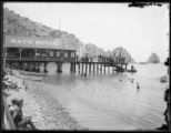 Santa Catalina. Avalon beach and bath house, Santa Catalina Island. Circa 1908?